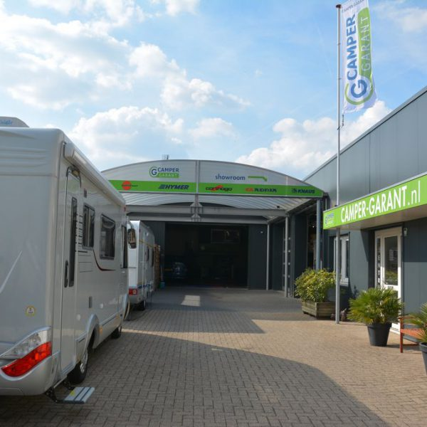 Camper showroom en garage in Vaassen